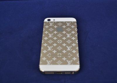 Lasergravur-auf-dem-Apple-iPhone