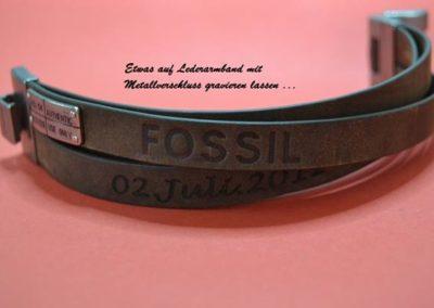 Fossil-Lederambard-graviren