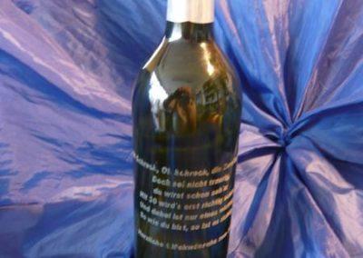 Flaschen mit individueller Gravur.