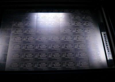 Laser-Gravur, gravierte Visitenkarten