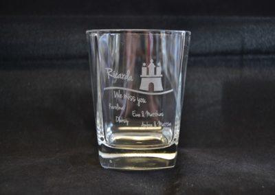 glas-mit-lasergravur