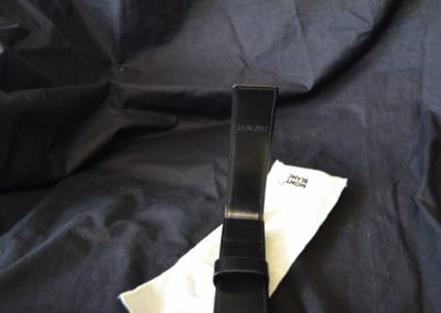 lederarmband-uhr-gravieren