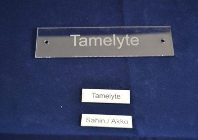 Namensschilder-Gravieren