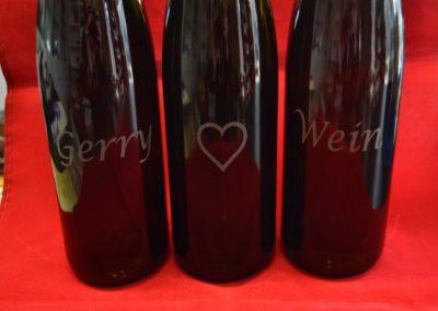 Glasflasche mit Wünsch Gravur