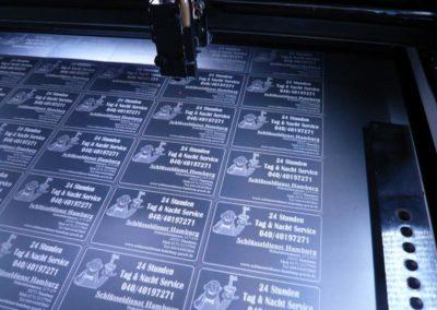 Visitenkarten aus Plastik