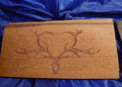 Holzgravur ist eine der beliebtesten Anwendungen für den Laser