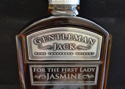 Whisky-Flasche-mit-Wunschgravur